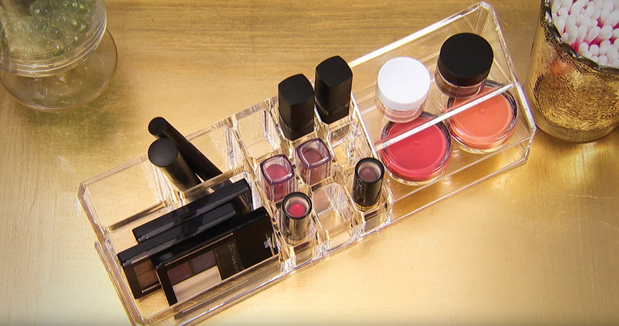 Makeup Organization – Obvious Acrylic Makeup Organizer