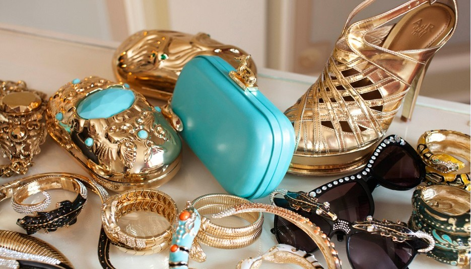 Fashion Accessories For Those Who Enjoy having Individual Style
